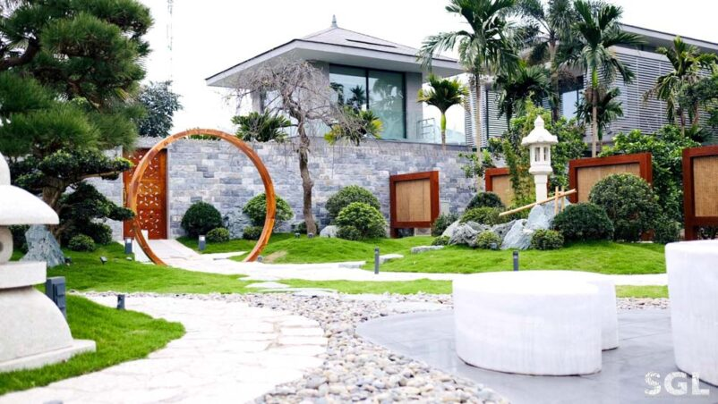 Những mẫu thiết kế sân vườn biệt thự đẹp đẳng cấp hợp phong thủy
