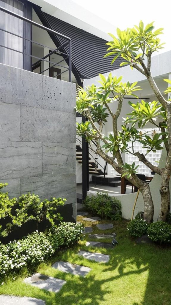 thiết kế sân vườn nhà phố đẹp