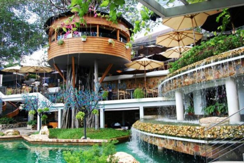 Mẫu thiết kế quán cà phê sân vườn đẹp và cực kỳ ấn tượng