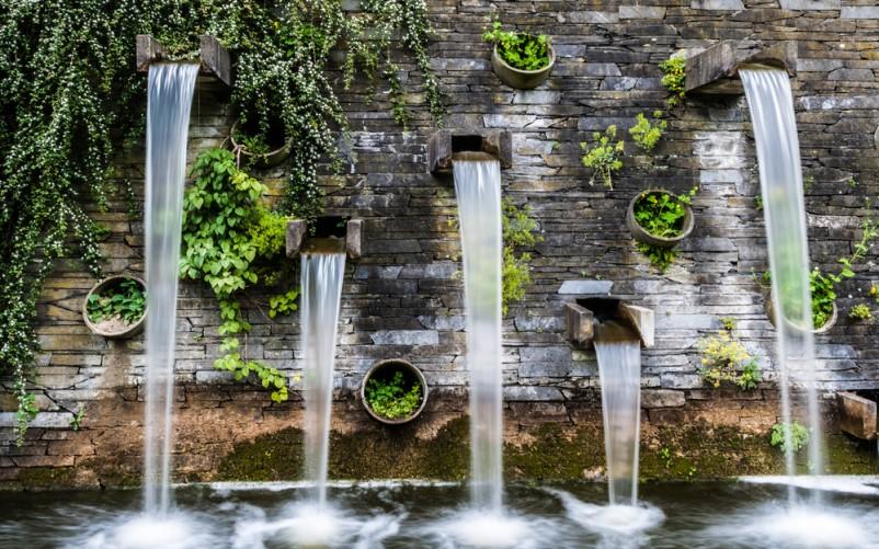 Loại thác nước trên tường đẹp