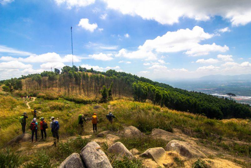 Nhờ điều kiện tự nhiên phong phú, Đồng Nai có rất nhiều điểm du lịch thú vị như: núi Chứa Chan, vườn quốc gia Nam Cát Tiên, thác Giang Điền,...